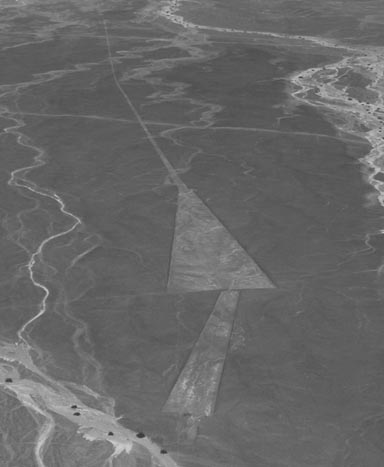 geoglyphes-trapezoidaux